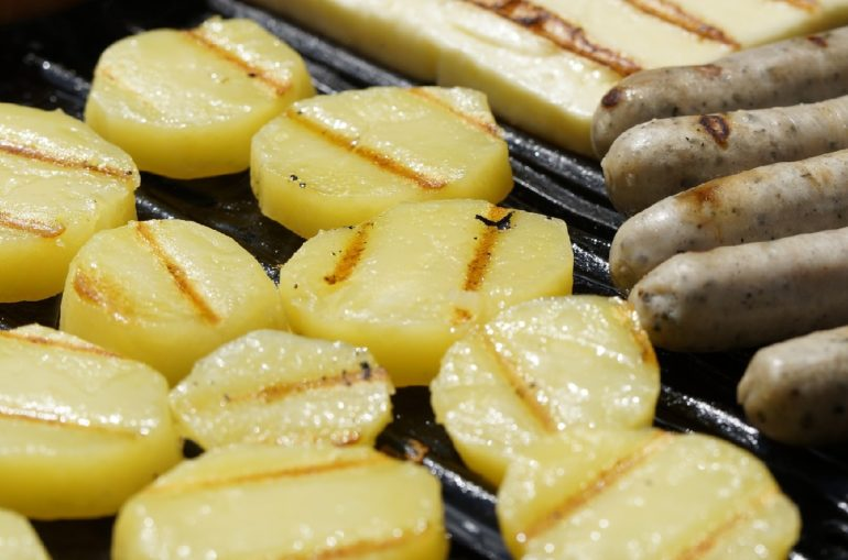 Potatoes on barbeque